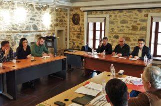 Σαμοθράκη: Έργα υποδομής και τουρισμός, στο επίκεντρο ευρείας σύσκεψης παρουσία του Περιφερειάρχη Χρήστου Μέτιου
