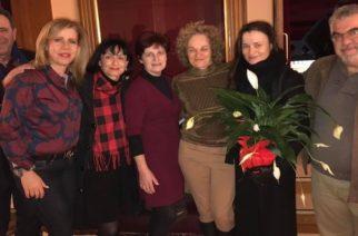 """Οι δυο καταξιωμένες Εβρίτισσες ηθοποιοί Καρυοφυλλιά Καραμπέτη και Μαρία Κεχαγιόγλου μαζί στις """"Τρεις αδερφές"""""""