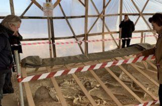 """Μέτιος σε Μενδώνη: """"Δίνουμε τα 7 εκατ. ευρώ. Προχωρήστε το Μουσείο Τύμβου Δοξιπάρας-Ζώνης"""""""