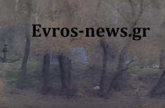 ΑΠΟΚΛΕΙΣΤΙΚΟ ΒΙΝΤΕΟ: Τούρκοι αστυνομικοί των Ειδικών Δυνάμεων στήνουν σκηνές πάνω στα σύνορα του Έβρου