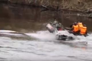 Φοβερό ΑΠΟΚΛΕΙΣΤΙΚΟ ΒΙΝΤΕΟ: Τούρκοι κομάντος παραλίγο να… τουμπάρουν στον ποταμό Έβρο με το φουσκωτό