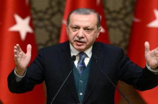 """""""Σκύλιασε"""" ο Ερντογάν απ' την αποτυχημένη… εισβολή λαθρομεταναστών στον Έβρο: """"Σκοτώσατε δυο μετανάστες"""" – Άμεση ελληνική διάψευση"""