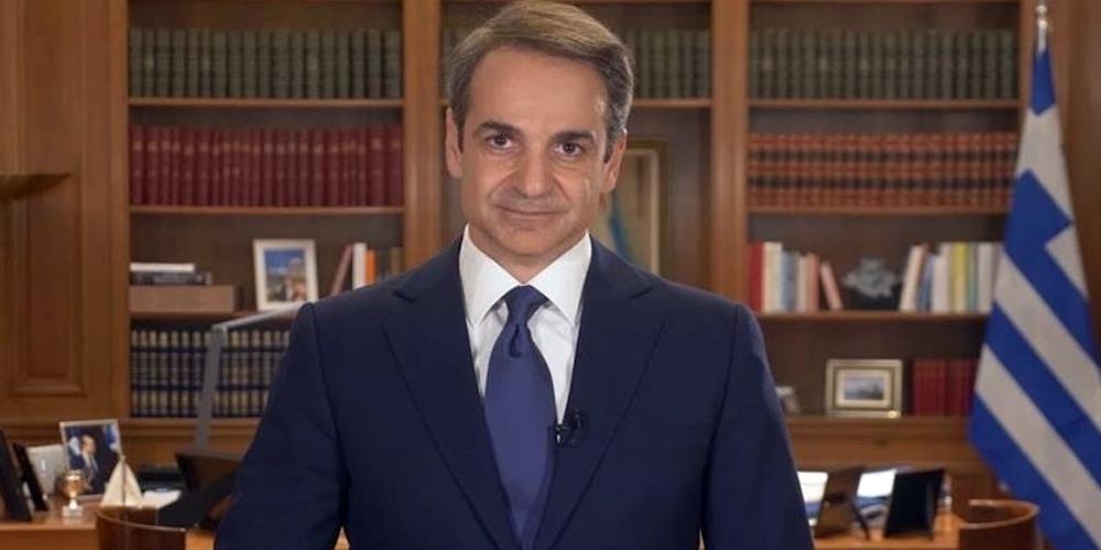 Οι Δερμεντζόπουλος, Κελέτσης, Δημοσχάκης (κατά σειρά), ανταποκρίθηκαν στο κάλεσμα του Πρωθυπουργού για προσφορά του μισθού