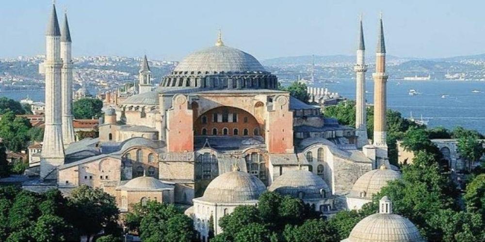 Ακυρώνουν τις εκδρομές σε Κωνσταντινούπολη, Σμύρνη οι Μικρασιατικοί Σύλλογοι, λόγω των γεγονότων στον Έβρο
