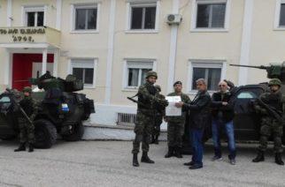 Οι Έλληνες μουσουλμάνοι του Σουφλίου στο πλευρό αστυνομικών, στρατιωτικών – Συγκέντρωσαν και παρέδωσαν τρόφιμα