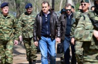 """Παναγιωτόπουλος: ΝΑΙ στη χορήγηση ειδικού βοηθήματος στους """"μαχητές"""" του Έβρου – Το """"μπαλάκι"""" σε Σταϊκούρα"""