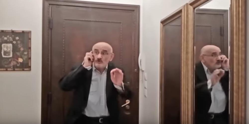 ΒΙΝΤΕΟ: Οδηγίες για το… Μένουμε Σπίτι στα ποντιακά, με τον ανεπανάληπτο Τάκη Βαμβακίδη