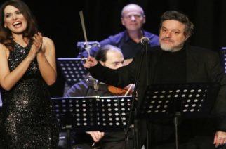 Στις 10 απόψε η Διαδικτυακή συναυλία με τον Δ.Παπαδημητρίου και τη Β.Δαβάκη για ενίσχυση του Νοσοκομείου Αλεξανδρούπολης