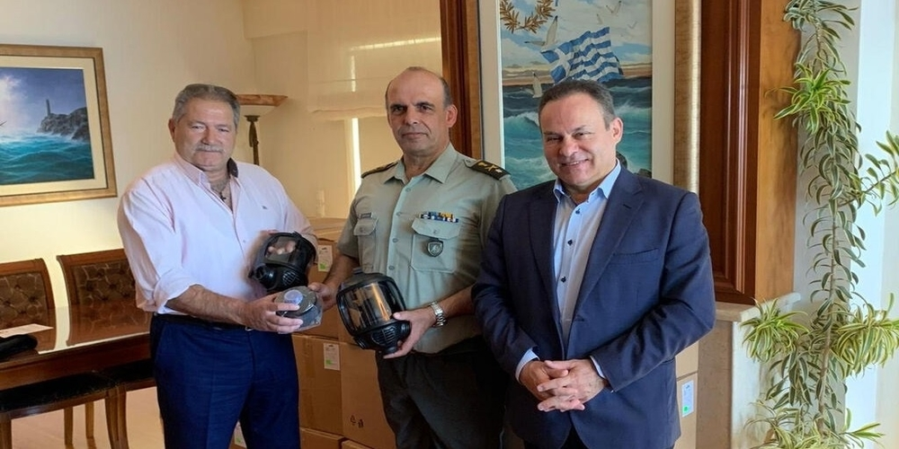 Δωρεά προσωπίδων στο Δ΄ Σώμα Στρατού στον Έβρο, για προστασία από δακρυγόνα
