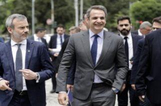 Συνάντηση του δήμαρχου Θεσσαλονίκης Κωνσταντίνου Ζερβά με τον πρωθυπουργό Κυριάκο Μητσοτάκη στο δημαρχείο Θεσσαλονίκης, 26 Μαΐου 2020.