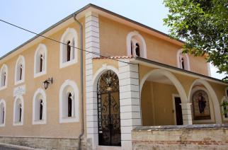 Διδυμότειχο: Τρόμος τα ξημερώματα στην Ιερά Μητρόπολη, όταν άγνωστος μπήκε να κλέψει – Τελικά συνελήφθη