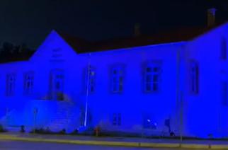 """Αλεξανδρούπολη: Φωταγωγήθηκε απόψε το """"παλαιό Νοσοκομείο (Μουσικό Γυμνάσιο) για την Παγκόσμια Ημέρα Νοσηλευτών"""