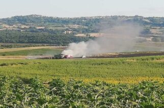 Πριν λίγο: Καταστράφηκε ολοσχερώς θεριζοαλωνιστική από πυρκαγιά, σε χωριό της Ορεστιάδας