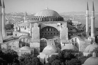 Ζαμπούκης: Απαράδεκτη και καταδικαστέα ενέργεια, να γίνει τζαμί το σύμβολο της ορθόδοξης πίστης μας