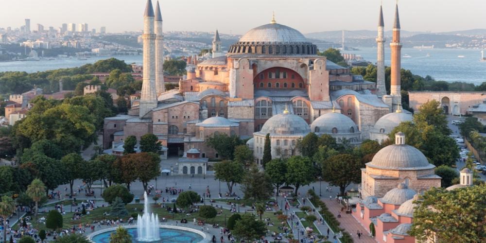 Ορεστιάδα: Ψήφισμα του δημοτικού συμβουλίου καταδικάζει την μετατροπή της Αγιάς Σοφιάς σε τζαμί