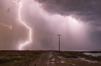 Καιρός: Δεκαπενταύγουστος με βροχές και καταιγίδες στην Θράκη από σήμερα το μεσημέρι