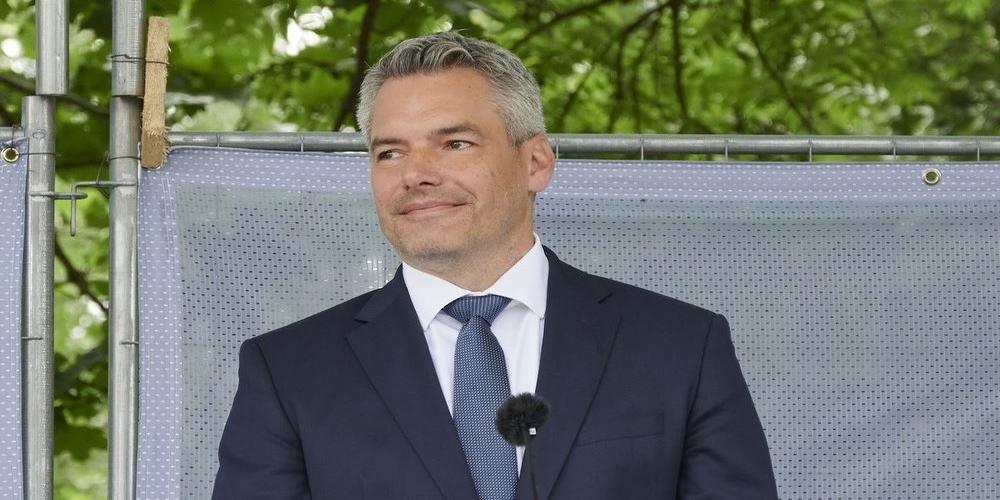 Σε Καστανιές και Φέρες αύριο ο Αυστριακός υπουργός Εσωτερικών, μαζί με Χρυσοχοίδη, Μηταράκη, Κουμουτσάκο