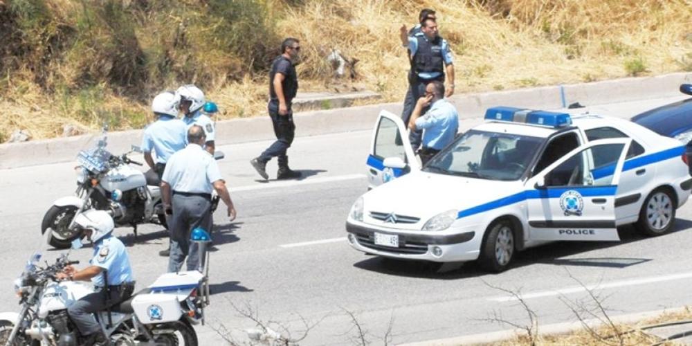 Έβρος: Καταδίωξη ως το νομό Ροδόπης και συλλήψεις δύο διακινητών και 12 λαθρομεταναστών