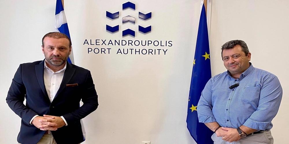 Σε διεκδίκηση επιδότησης της γραμμής Σαμοθράκη-Αλεξανδρούπολη όλο τον χρόνο, συμφώνησαν Χατζημιχαήλ-Γαλατούμος
