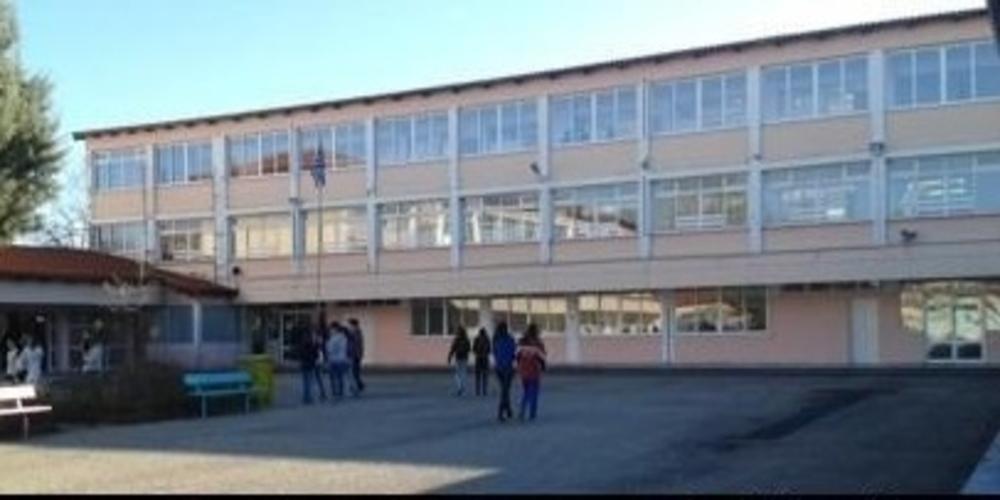 ΣΟΚ στο Σουφλί: Μαθητής που συμμετείχε στην κατάληψη του Λυκείου, έπεσε από την στέγη