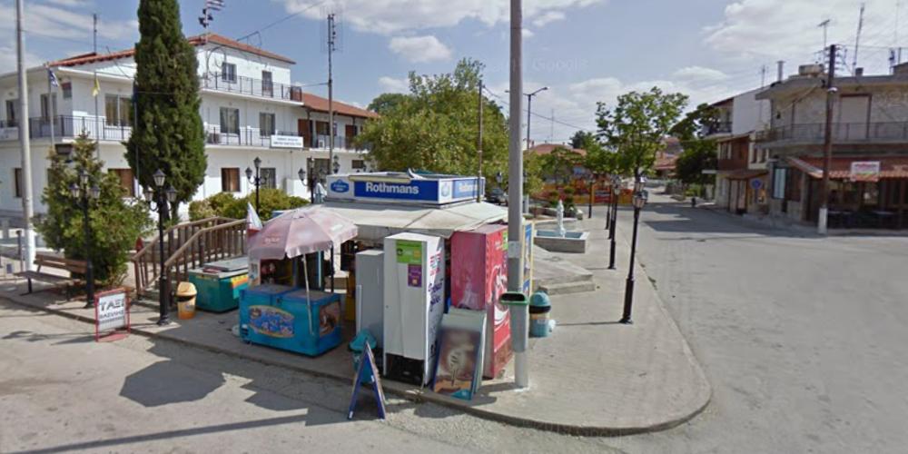 Ορεστιάδα: Με ένα χρόνο καθυστέρηση, τώρα που τέλειωσε το καλοκαίρι, αποφάσισαν πεζοδρόμηση της πλατείας Ριζίων!!!