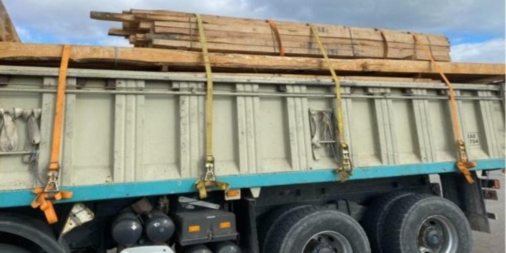 Δωρεά ξυλείας απ' την Ι.Μ. Ιβήρων για επιδιορθώσεις στο Ναό Κοιμήσεως Θεοτόκου Χώρας Σαμοθράκης
