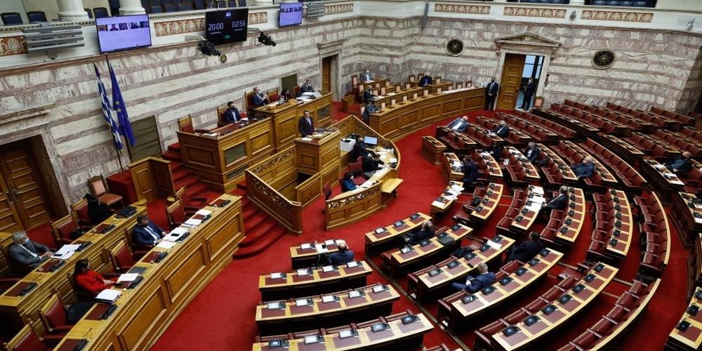 ΣΥΡΙΖΑ και ΚΚΕ δεν ψήφισαν την κυβερνητική ρύθμιση για μείωση των ασφαλιστικών εισφορών!!!