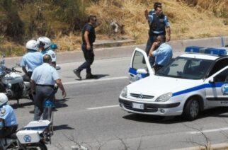 Σουφλί: Προσέκρουσε σε τοιχίο προσπαθώντας να ξεφύγει απ' το μπλόκο αστυνομικών μεταφέροντας λαθρομετανάστες και συνελήφθη