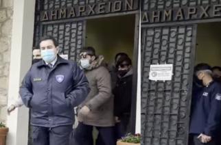 """""""Εμφύλιος"""" στον ΣΥΡΙΖΑ για την επίσκεψη Μηταράκη και όσα έγιναν στην Ορεστιάδα"""
