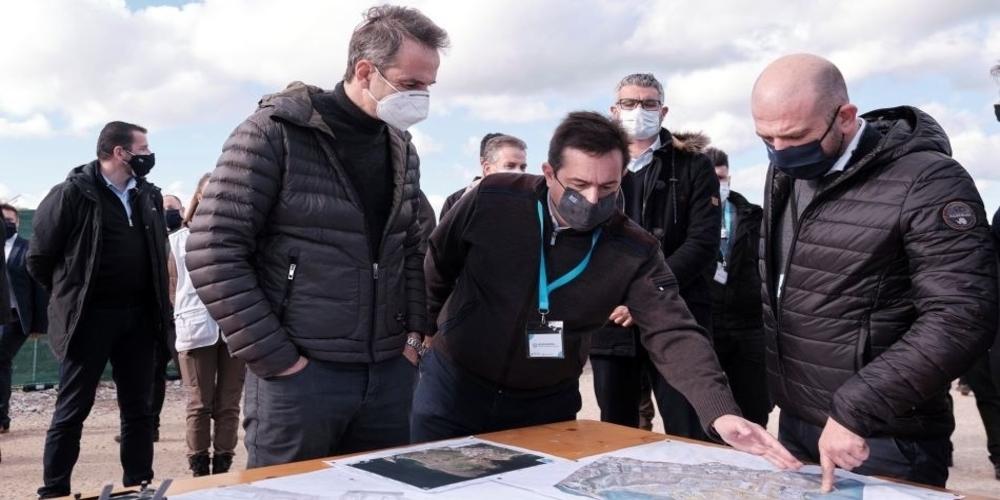 Μηταράκης: Πληρωμένες καμπάνιες και φωτογραφία-μήνυμα ότι ο Πρωθυπουργός γνωρίζει και στηρίζει όσα κάνει