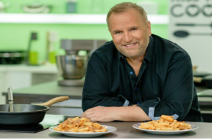 Ο συντοπίτης μας σεφ Βαγγέλης Δρίσκας καταγγέλει: Υπάρχει κακοποίηση και στο χώρο της μαγειρικής