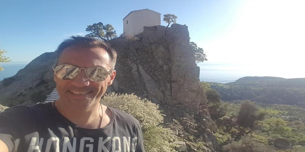 Πέτρος Ίμβριος: Μπαμπάς για τρίτη φορά ο Σαμοθρακίτης τραγουδιστής – Πρώτη φωτό με τον γιο