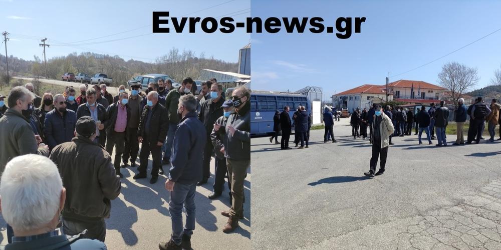 Ορεστιάδα: Να χτίσουν εκκλησία απέναντι απ' το ΚΥΤ Φυλακίου, αποφάσισαν σήμερα οι Πρόεδροι Κοινοτήτων (ΒΙΝΤΕΟ)