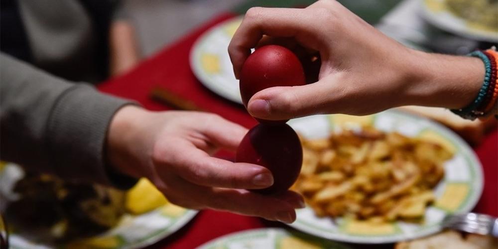 Πασχαλινό τραπέζι έως 12 άτομα – Στις 10 απαγόρευση κυκλοφορίας τη Μ.Εβδομάδα, 9 το Πάσχα