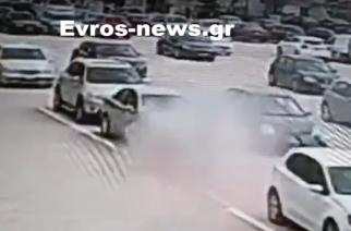 ΒΙΝΤΕΟ: Η στιγμή που το αυτοκίνητο παίρνει φωτιά στην Αλεξανδρούπολη