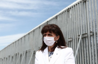 Λύσσαξαν Φίλης, Ακρίτα, επειδή η Πρόεδρος της Δημοκρατίας επισκέφθηκε τον φράχτη του Έβρου