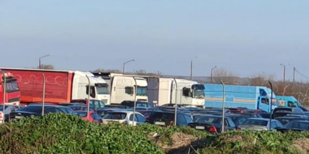 Ορεστιάδα: Δεκάδες κατασχεμένα οχήματα διακινητών λαθρομεταναστών… σαπίζουν αναξιοποίητα στο Χειμώνιο (ΒΙΝΤΕΟ)