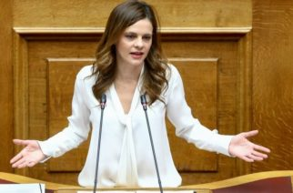 Kυνική ομολογία Αχτσιόγλου: Ο ΣΥΡΙΖΑ βλέπει την πανδημία ως ευκαιρία να αναδειχθεί