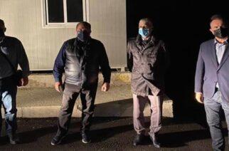 Κατάντια: Δυο Αστυνομικοί Διευθυντές… ντεκόρ κυβερνητικού βουλευτή ξημερώματα, ενώ λαθρομετανάστες και διακινητές… αλωνίζουν