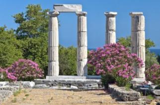 """Ξενοδόχοι Σαμοθράκης, Θάσου: """"Ελάχιστες κρατήσεις και για Ιούλιο, Αύγουστο"""" – Κάποιοι όμως… καταστροφολογούν για τη Νυμφαία"""