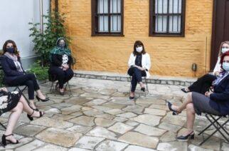 Αποθεώνει τις γυναίκες του Έβρου η Πρόεδρος της Δημοκρατίας Κ.Σακελλαροπούλου, με μια συγκινητική ανάρτηση