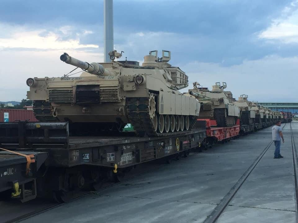 First batch of American Abrams tanks unloaded at the port of Alexandroupolis 8