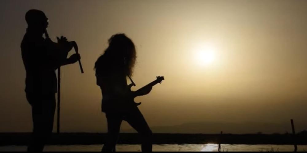 Λιανοχορταρούδια: Όταν η ηλεκτρική κιθάρα του KIRIAKOS GP, συναντά την μουσική παράδοση της Θράκης (ΒΙΝΤΕΟ)