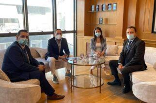 """Συνάντηση δημάρχων Διδυμοτείχου, Αλεξανδρούπολης με στελέχη της Eurobank,για το πρόγραμμα """"Μπροστά για την οικογένεια"""""""