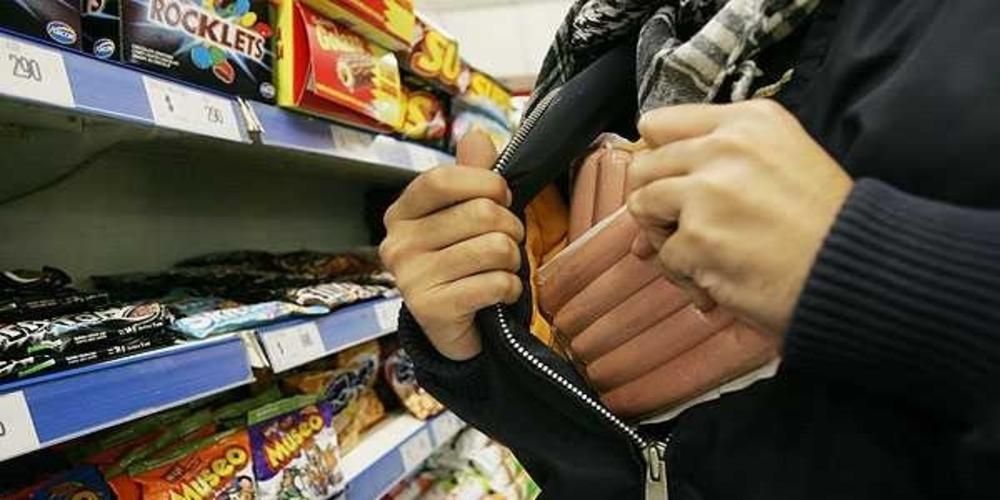 Αλεξανδρούπολη: Επεισοδιακή σύλληψη γυναίκας, που έκλεβε σε σούπερ μάρκετ