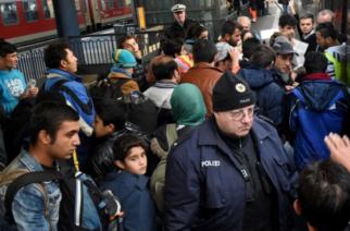 Δανία: «Υποχρεωτική εργασία» για μετανάστες που είναι άνεργοι και ζουν από κοινωνικά επιδόματα